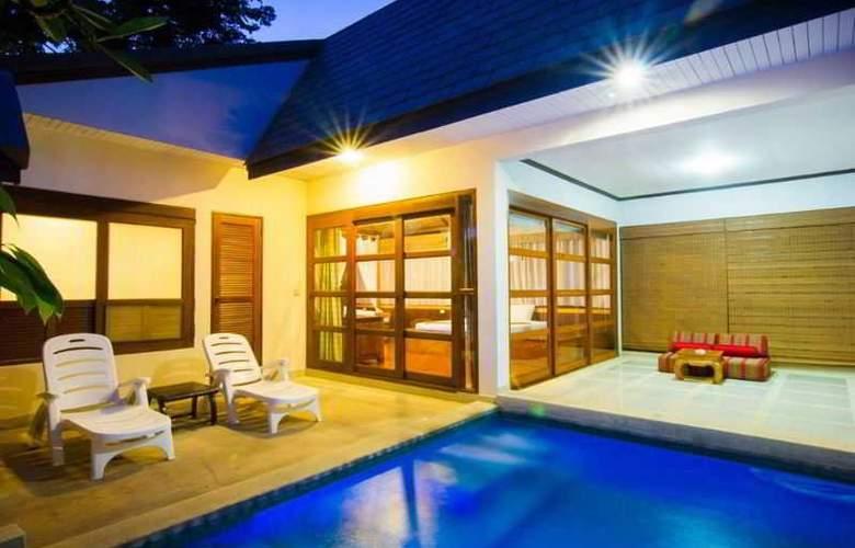 Coco Palm Beach Resort - Room - 12