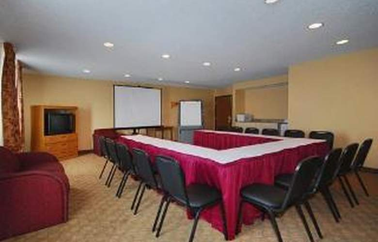 Quality Inn Parkersburg North-Vienna - General - 1