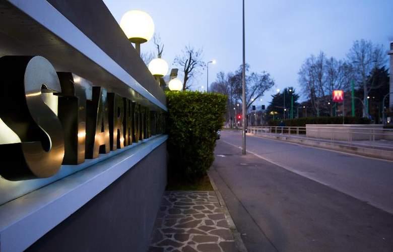 Starhotel Tourist - Hotel - 6