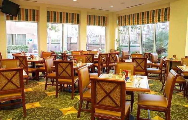 Hilton Garden Inn San Mateo - Hotel - 5