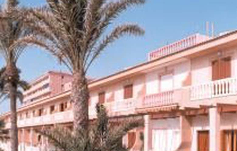 Jessica Beach - Hotel - 0
