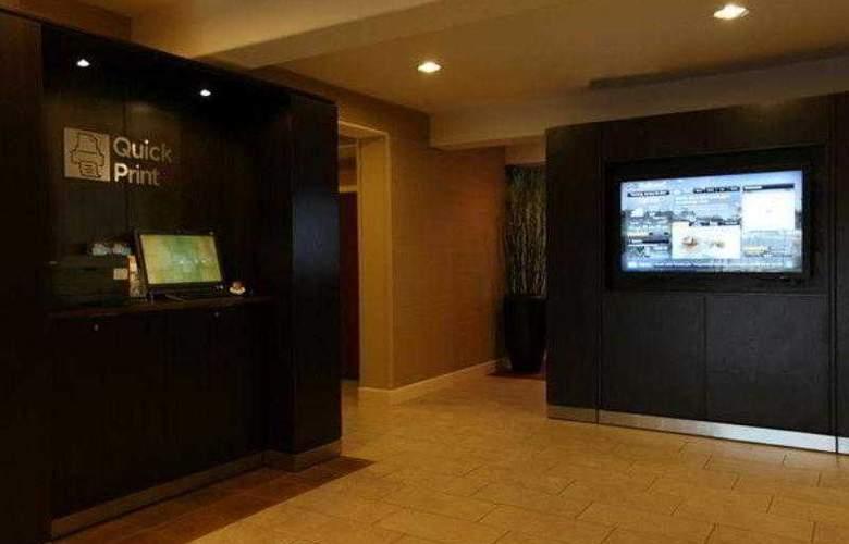 Courtyard Scottsdale North - Hotel - 13