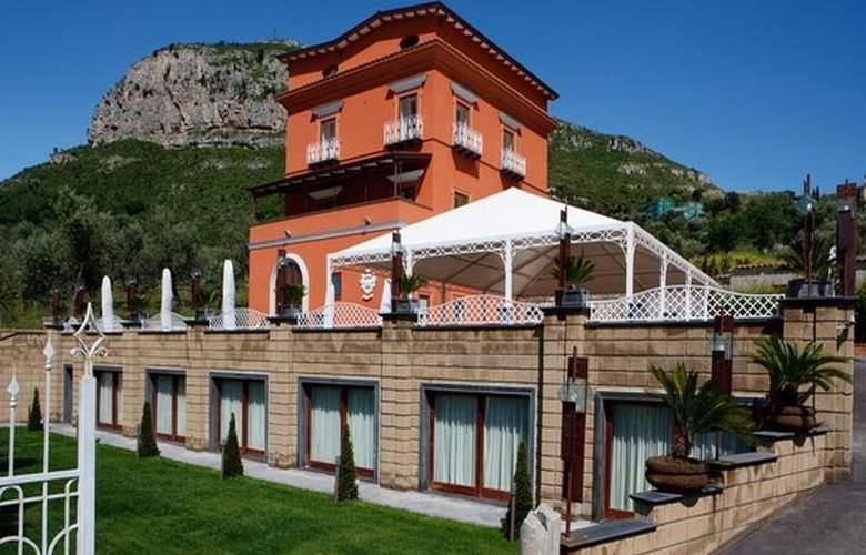 Casale Russo - Hotel - 0