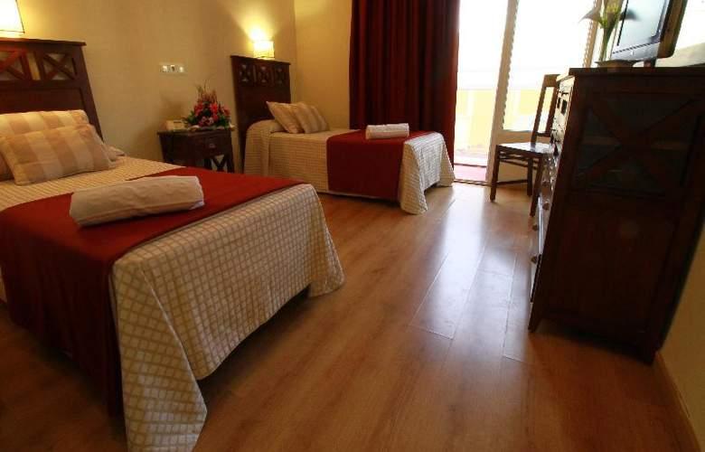 Elegance Adriano - Room - 15