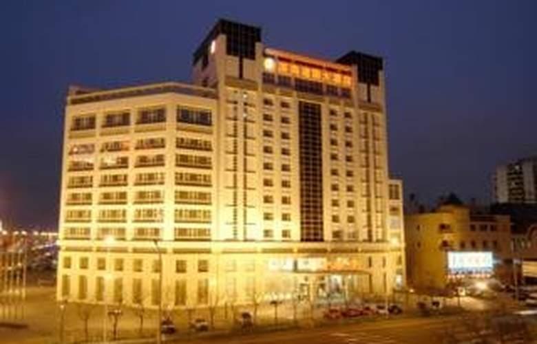Binhai Jianguo - Hotel - 0