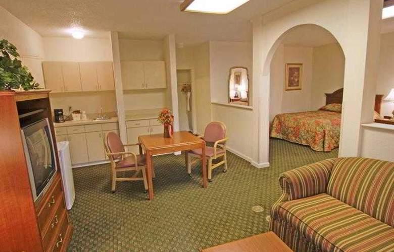 Best Western Emporia - Hotel - 21