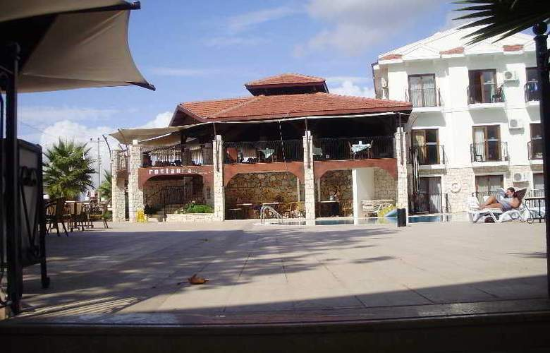 Poseidon Club Hotel - Terrace - 7