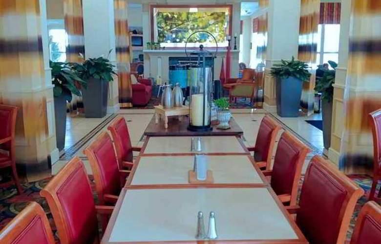 Hilton Garden Inn Freeport Downtown - Hotel - 4