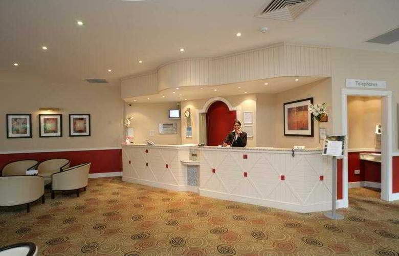 County Hotel Woodford - General - 0