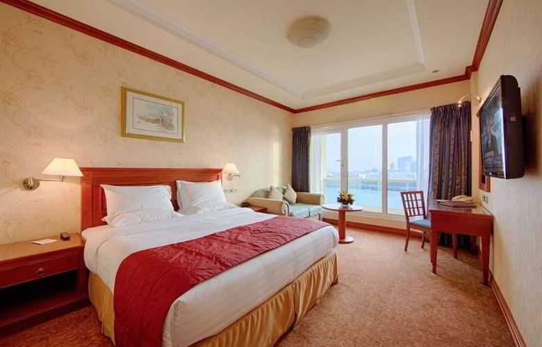 Riviera - Room - 2