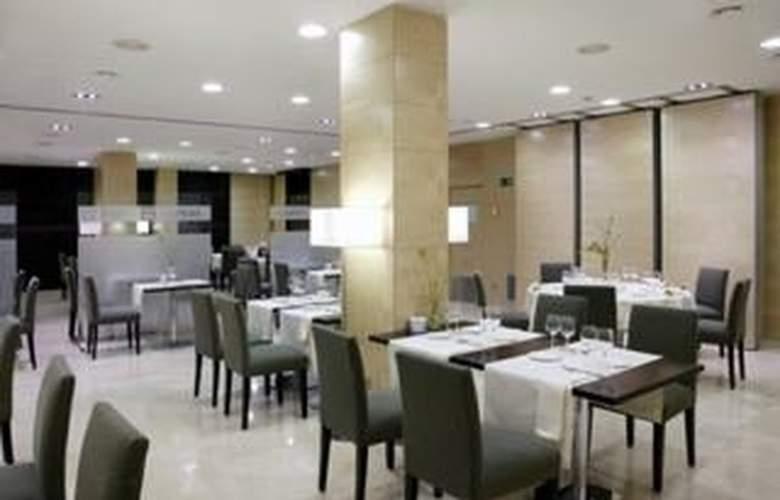 Zenit Lleida - Restaurant - 4