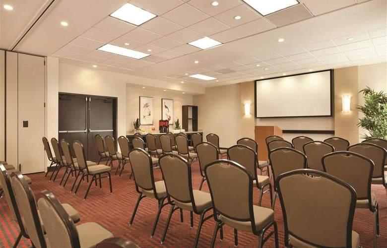 Hyatt Place at Anaheim Resort/ Convention Center - Hotel - 18