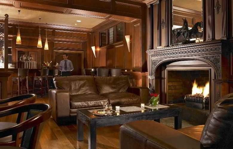 Muckross Park Hotel & Cloister Spa - Bar - 4
