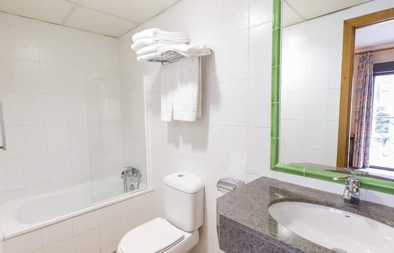 Paris Hotel - Room - 12