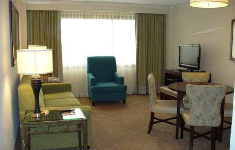Embassy Suites Kansas City - Overland Park - Hotel - 4