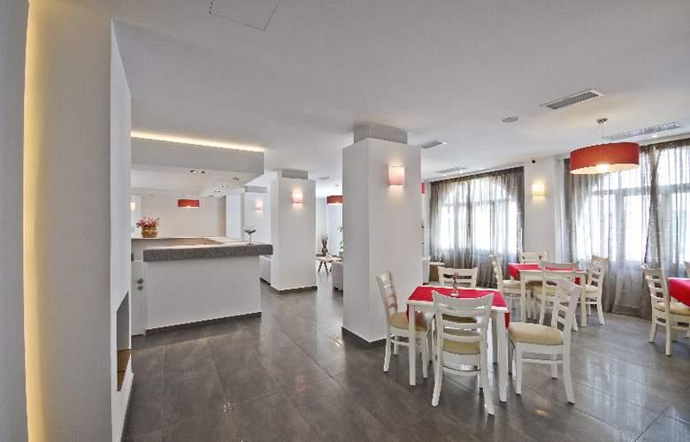Xenia Hotel - Restaurant - 10