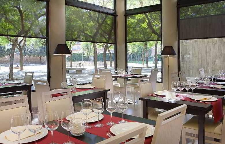 Acta City 47 - Restaurant - 35