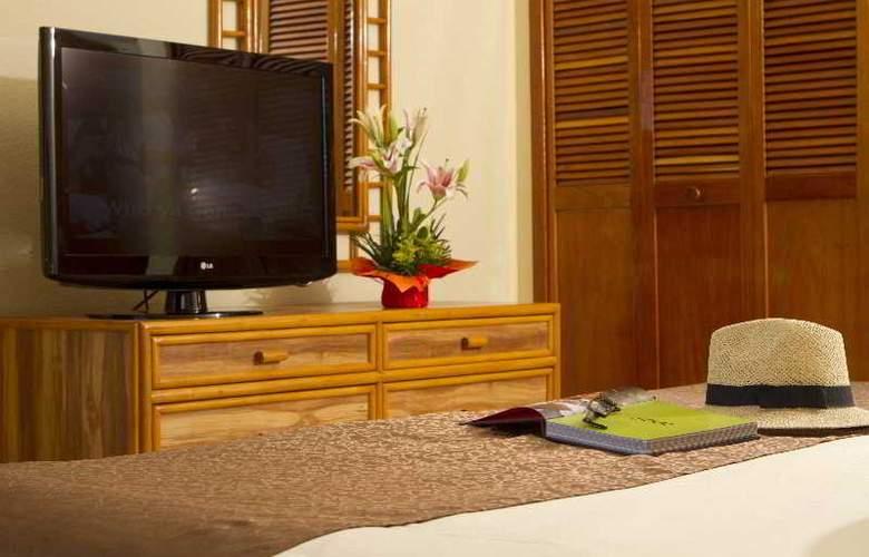 Emporio Hotel & suites Cancun - Room - 8