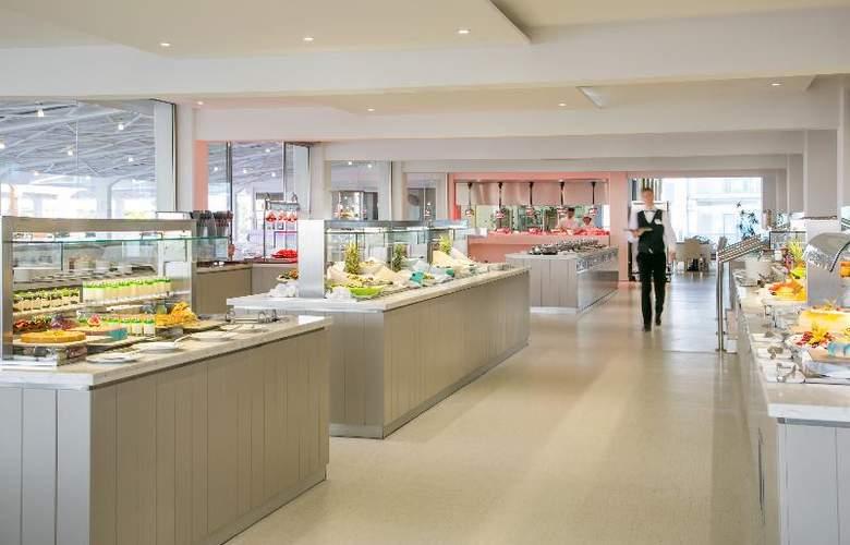 Asterias Beach - Restaurant - 11