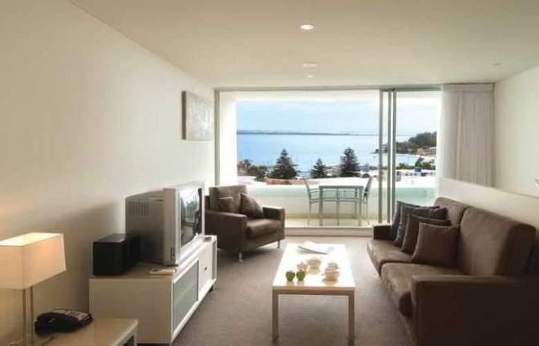 Oaks Lure Apartments - Room - 3