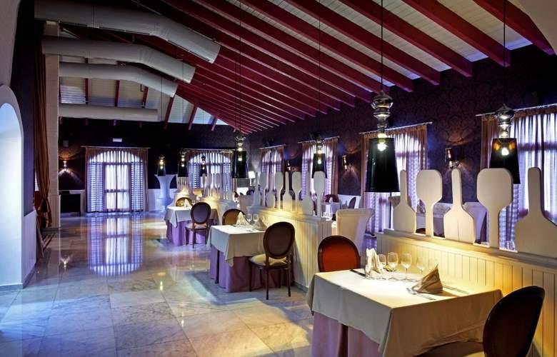 Grand Palladium Punta Cana Resort & Spa  - Restaurant - 31
