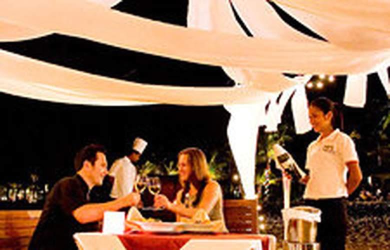 La Flora Resort & Spa - Restaurant - 8