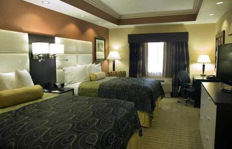 Best Western Plus Jfk Inn & Suites - Hotel - 1