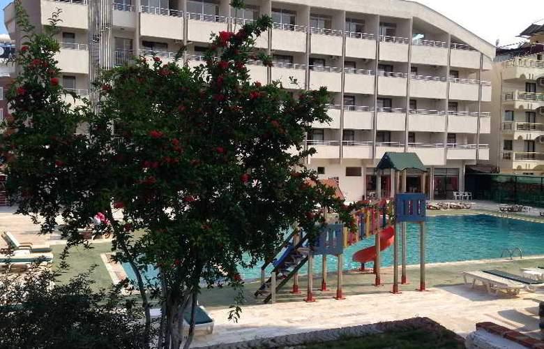 First Class Hotel - Hotel - 0