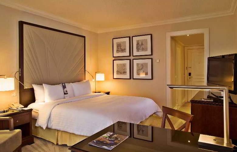 Lisbon Marriott - Room - 11