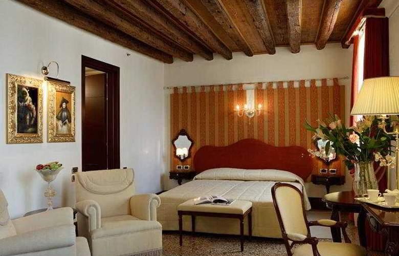 Ruzzini Palace - Room - 9