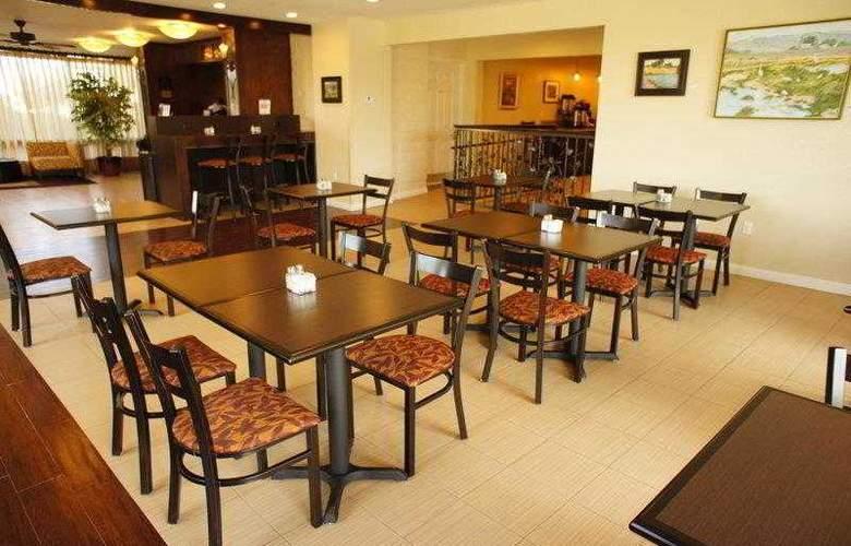 Best Western Plus Orchard Inn - Hotel - 10
