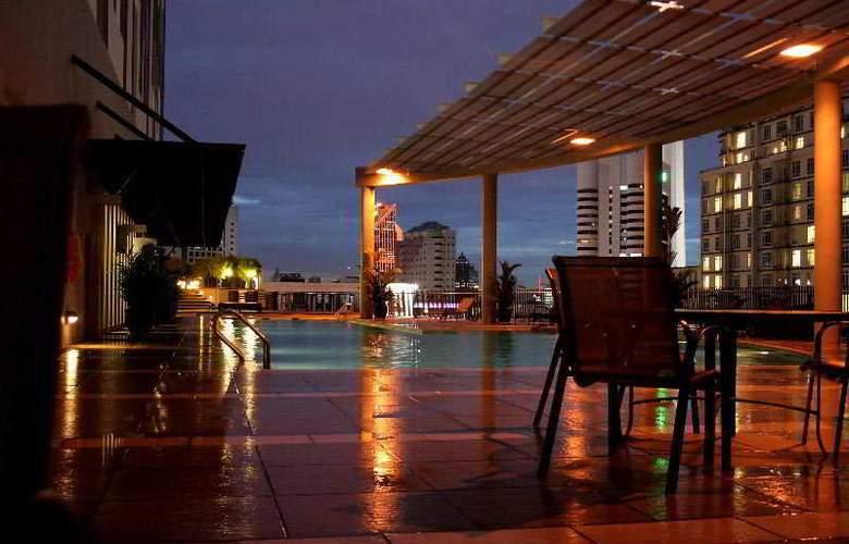 Ascott Kuala Lumpur - Pool - 4