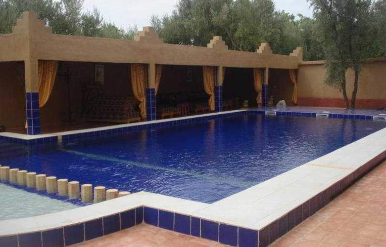 Kasbah Ait Ben Damiette - Pool - 10