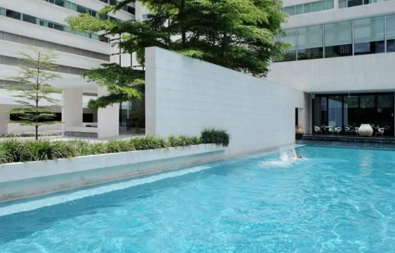 Metropolitan Bangkok - Pool - 11