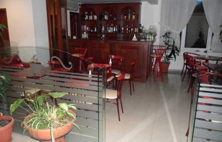 Hotel Avra - Hotel - 6