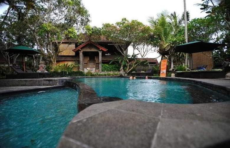 De Munut Cottages - Pool - 7