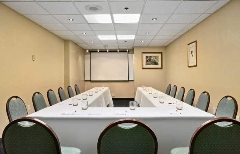 Comfort Inn Maingate - Conference - 8