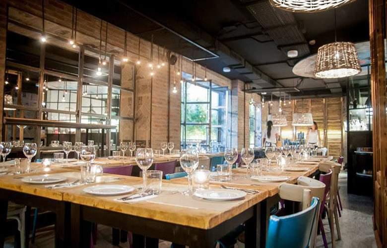 Room007 Ventura - Restaurant - 3