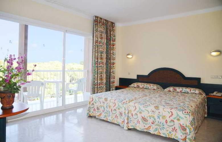 Coral Beach - Room - 4