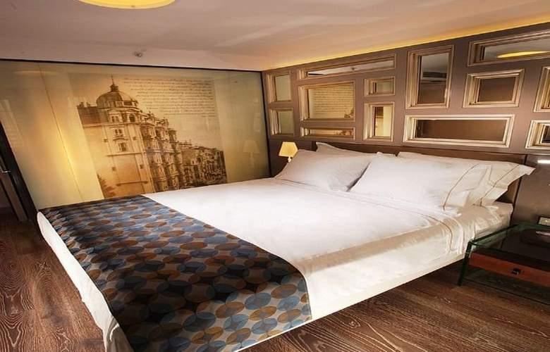 La Villa Hotel - Room - 5