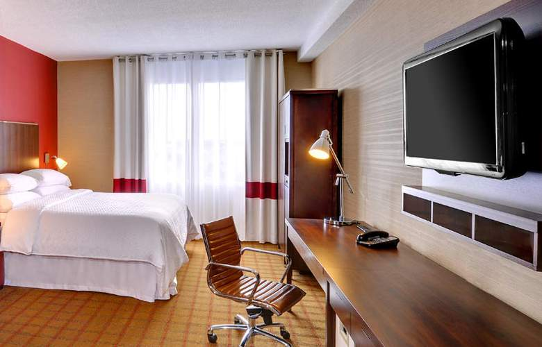 Four Points by Sheraton Toronto Mississauga - Room - 8