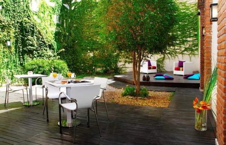 Nina Hotel Buenos Aires - Terrace - 1