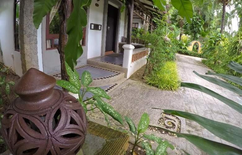 Bangtao Beach Chalet Phuket - Hotel - 24