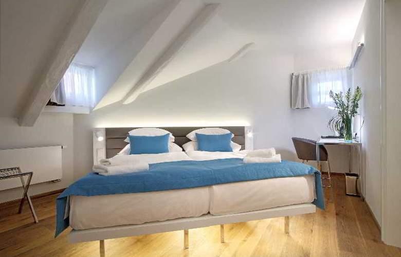 Bishop house - Room - 23