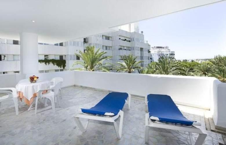 Monarque Sultan Aparthotel - Room - 23