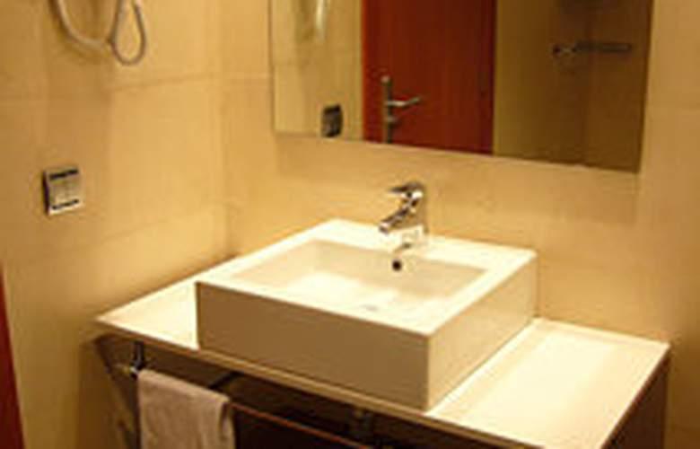 Apartaments Independencia - Room - 5