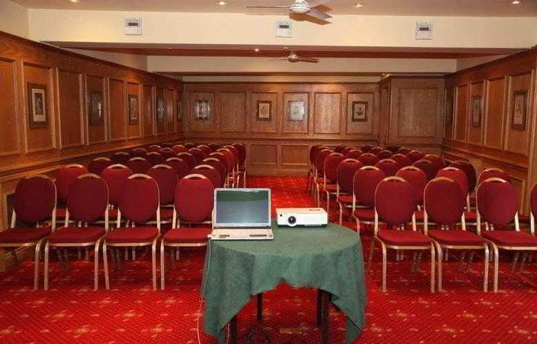 Best Western York Pavillion - Hotel - 18