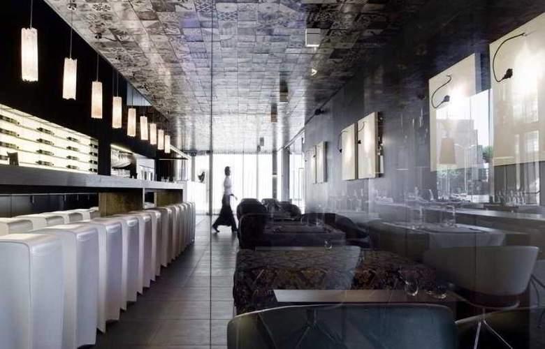 Carbon Hotel - Restaurant - 7