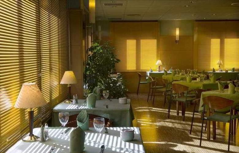 De l'Isard - Restaurant - 10