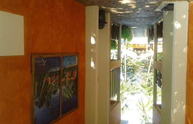Residencial del Paseo - Hotel - 10